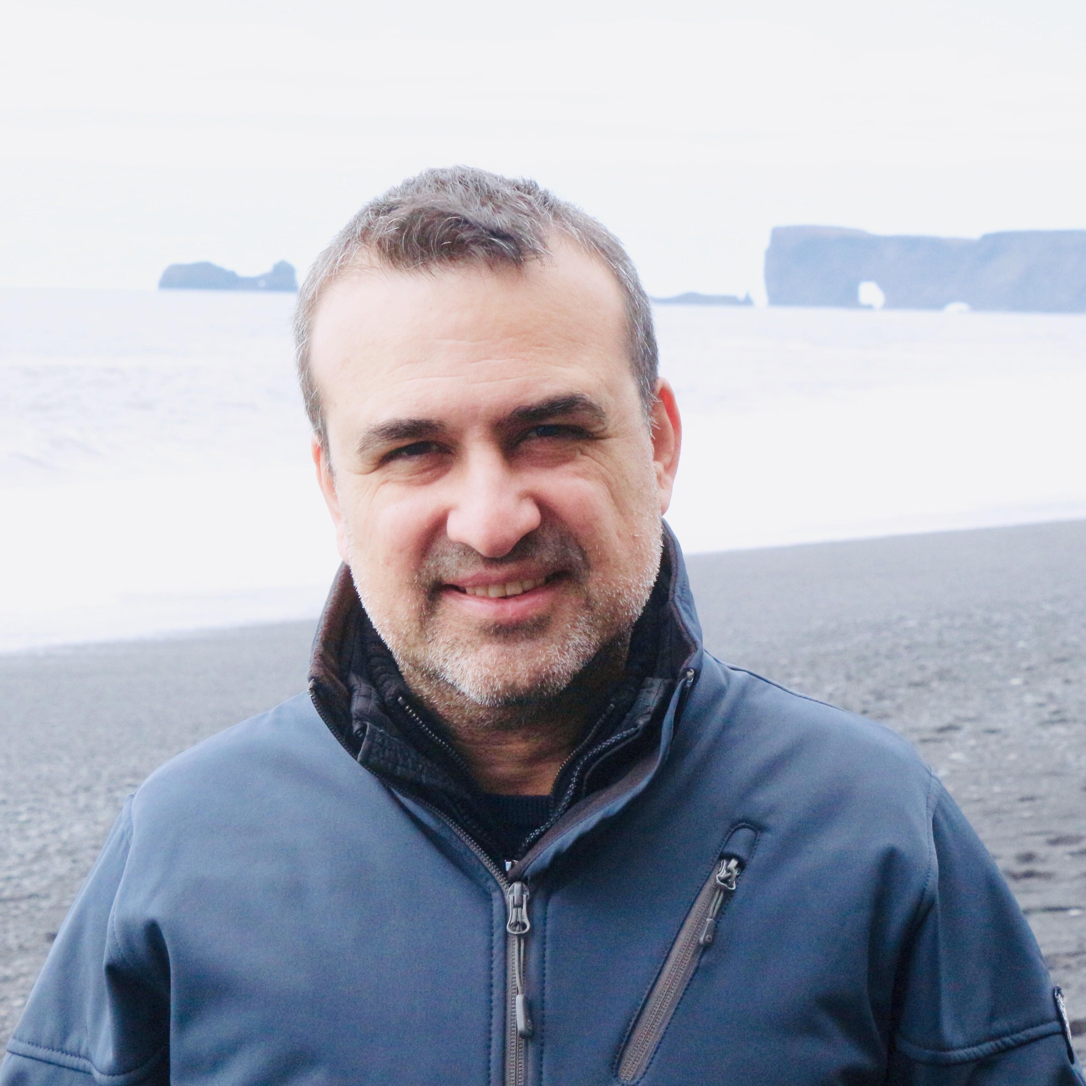 Dr. Aykut Berber