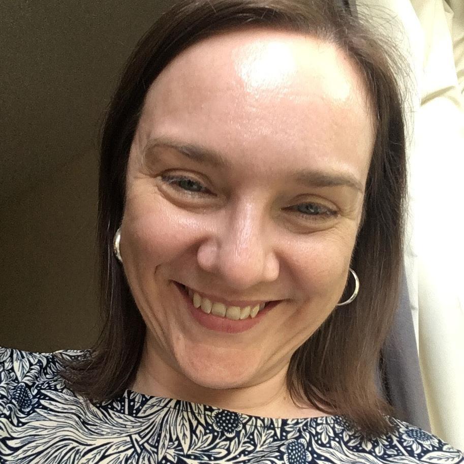 Dr Victoria Walters