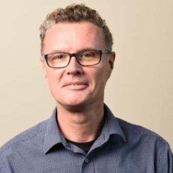Dr Iain Barton